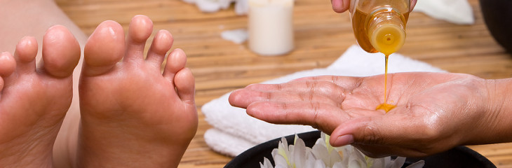 foot-massage-oil
